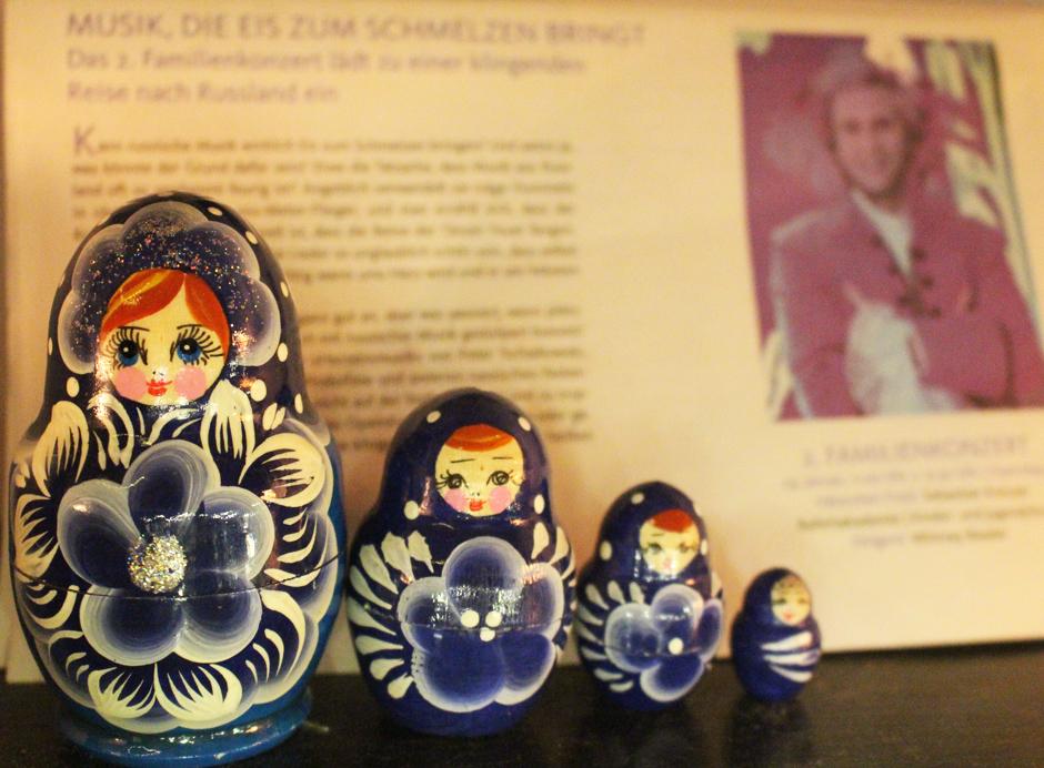 KAN_OperKiel_Familienkonzert_Matrjoschka_(c)www.kielamnil.de