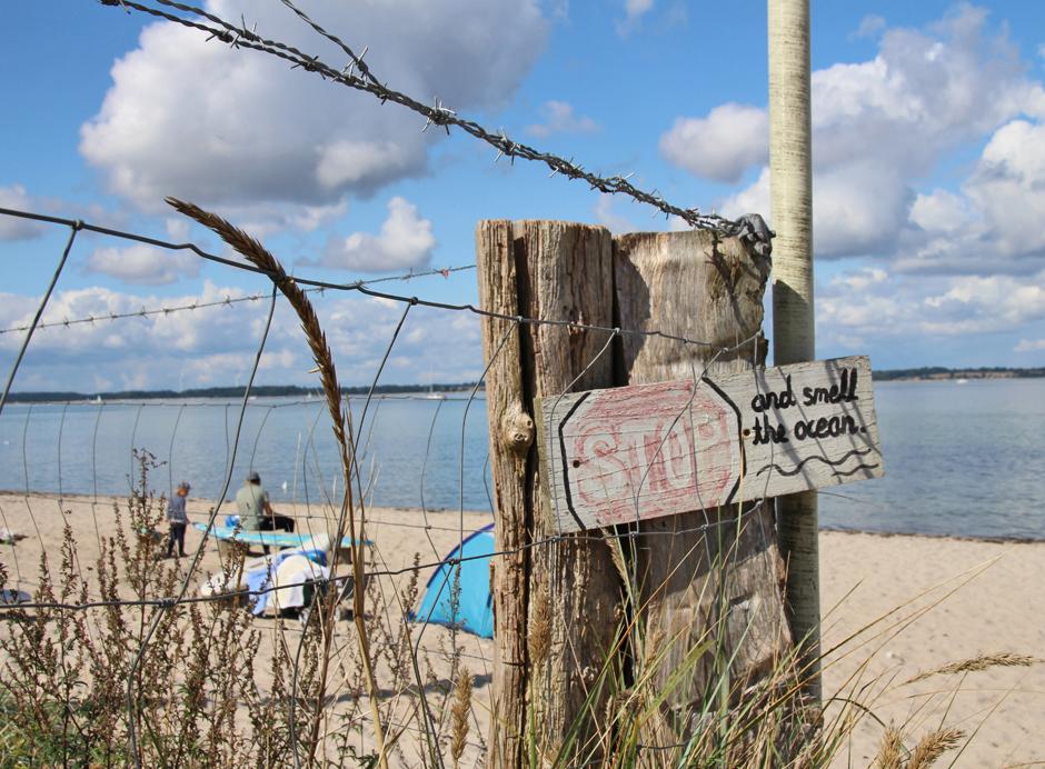 KaN_Grönwohld_Strand_Stopschild_Foto_(c)www.kielamnil.de